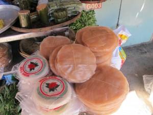 Rice paper for rolls / Galette de riz pour les rouleaux vietnamiens