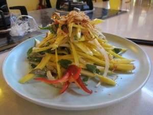 My green mango salad / Ma salde de mangue verte